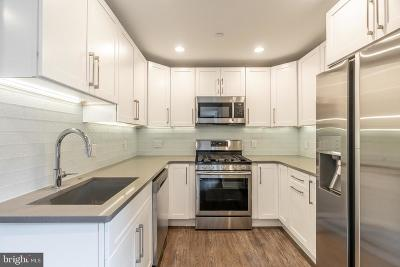 Philadelphia County Condo For Sale: 528 S 5th Street #4R