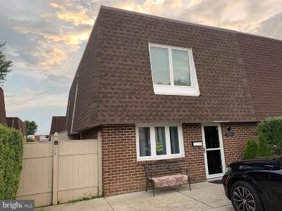 Philadelphia Single Family Home For Sale: 9826 Bonner Street