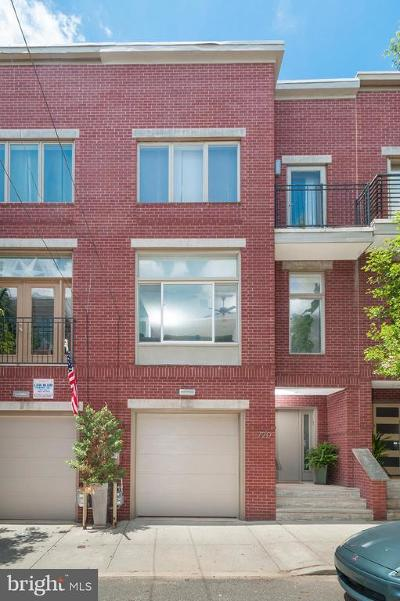 Art Museum Area Townhouse For Sale: 720 N Uber Street