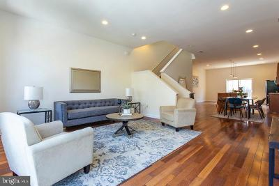 Philadelphia Townhouse For Sale: 1518 Fairmount Avenue