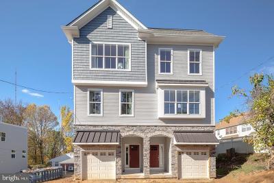 Philadelphia County Single Family Home For Sale: 358 Cinnaminson Street #16