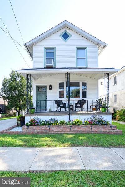 Philadelphia Single Family Home For Sale: 615 Solly Avenue