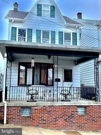 Single Family Home For Sale: 204 High Street