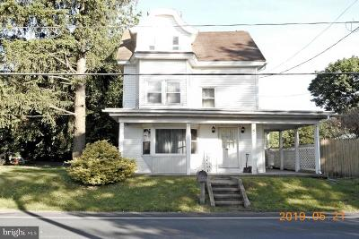 Single Family Home For Sale: 154 Pleasant Valley Road