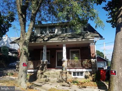 Single Family Home For Sale: 302 Fleet Street