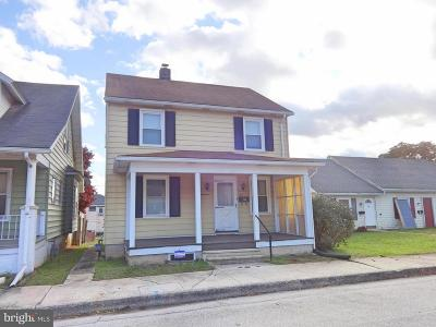 Hanover Single Family Home For Sale: 118 3rd