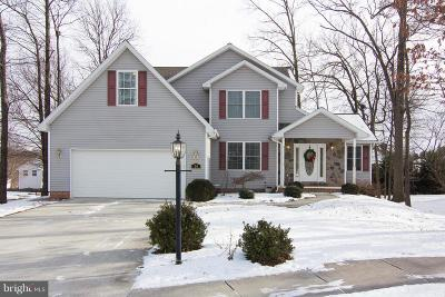 Hanover Single Family Home For Sale: 24 Rosewood Circle