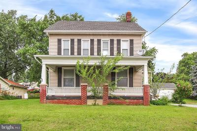 Red Lion Single Family Home For Sale: 447 N Main Street