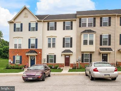Townhouse For Sale: 435 Laurel Oak Lane