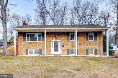 Hanover Single Family Home For Sale: 22 Laurel Drive