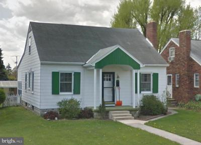 Hanover Single Family Home For Sale: 425 S Franklin Street