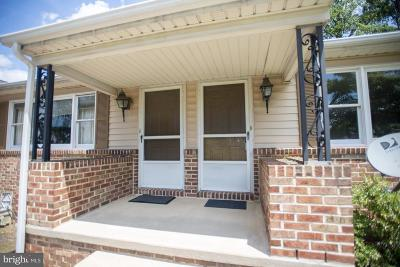 Red Lion Multi Family Home For Sale: 45-47 Springhouse Lane