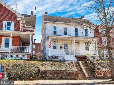 Red Lion Single Family Home For Sale: 554 Broadway