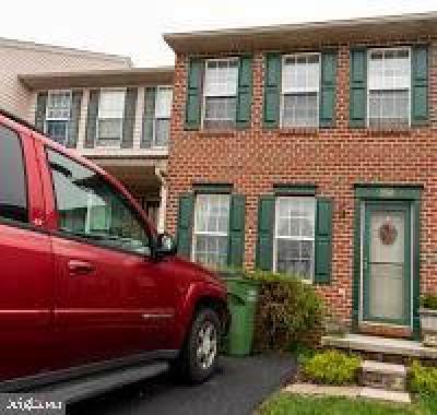 Hanover Townhouse For Sale: 1244 Wanda Drive