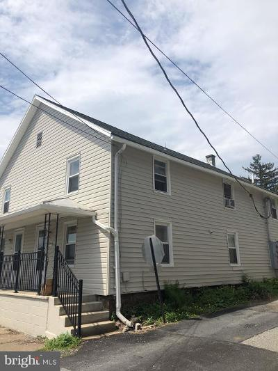 York County Multi Family Home For Sale: 104 North Street