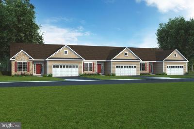 Hanover Single Family Home For Sale: 420 Hawthorn Lane #71
