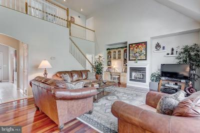 York Single Family Home For Sale: 1050 Smallbrook Lane