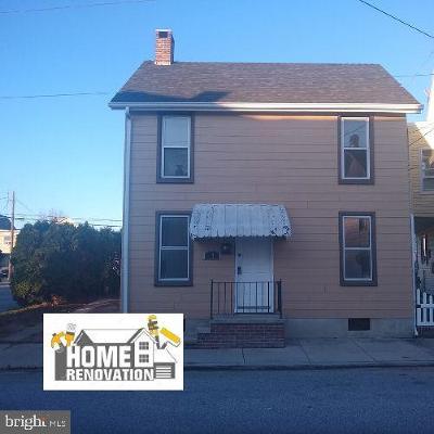Hanover Single Family Home For Sale: 14 McAllister Street