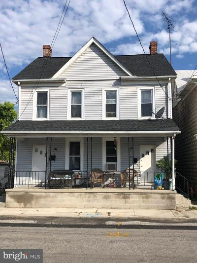Hanover Single Family Home For Sale: 43 Middle Street W