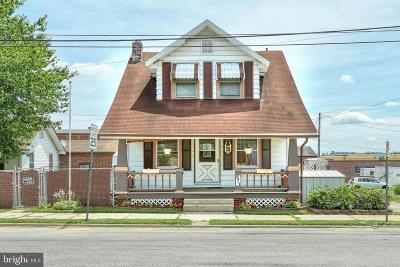 Hanover Single Family Home For Sale: 673 E Middle Street