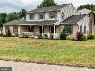 New Freedom Single Family Home For Sale: 206 Summers Lane