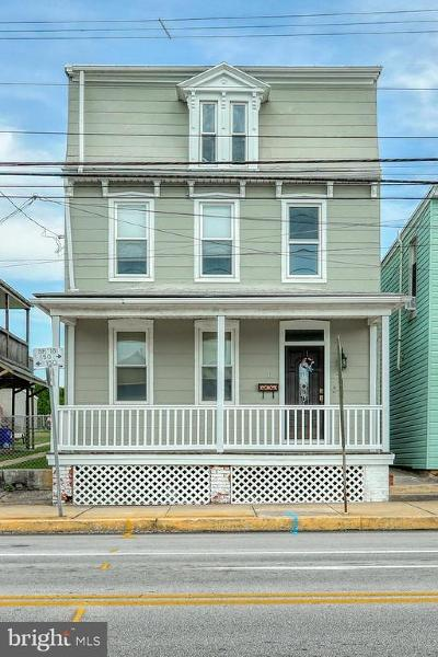 Manchester Single Family Home Under Contract: 11 S Main Street