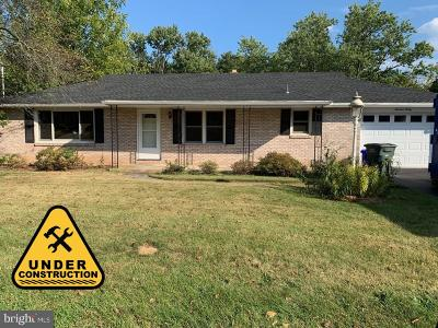 York Single Family Home For Sale: 1930 Pineview Drive