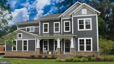 Alexandria City, Arlington County Single Family Home For Sale: 7108 27th Road N