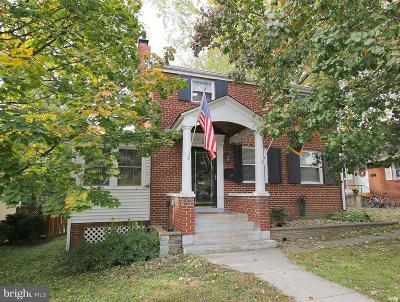 Arlington Single Family Home For Sale: 200 Cleveland Street
