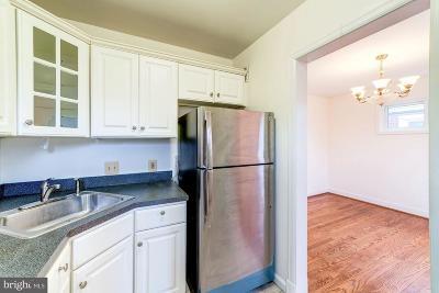 Arlington Single Family Home For Sale: 5812 2nd Street S