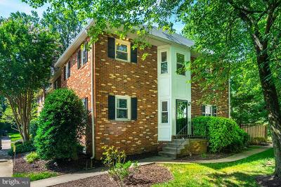 Arlington Townhouse For Sale: 1818 N George Mason Drive