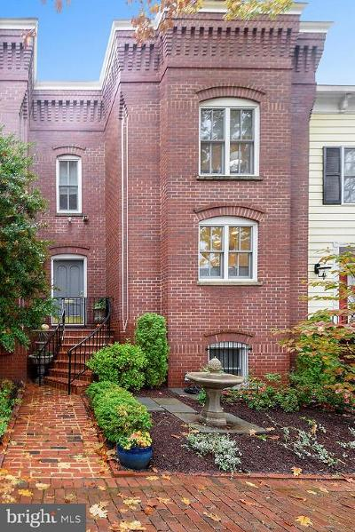 Townhouse For Sale: 515 Princess Street