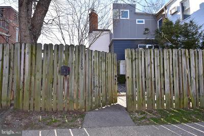 Single Family Home For Sale: 133 N Payne Street