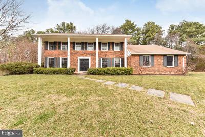 Alexandria, Arlington Single Family Home For Sale: 4201 Maple Tree Court