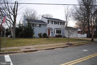 Alexandria Single Family Home For Sale: 3002 Farm Road