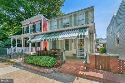Alexandria Single Family Home For Sale: 315 N Patrick Street