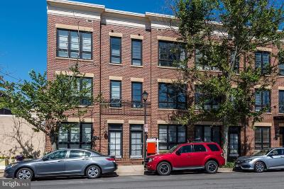 Townhouse For Sale: 708 N Henry Street