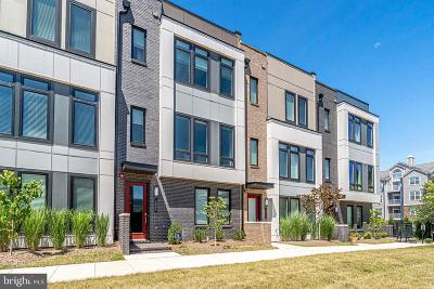 Alexandria Townhouse For Sale: 2805 Eisenhower Avenue
