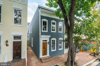 Alexandria Townhouse For Sale: 421 N Columbus Street