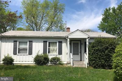 Berryville Single Family Home For Sale: 107 Blue Ridge Street