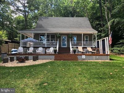 Caroline County Single Family Home For Sale: 142 Lake Caroline Drive
