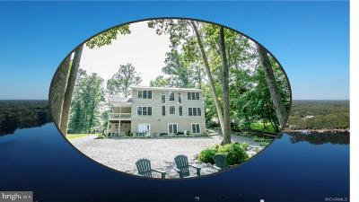 Caroline County Single Family Home For Sale: 174 Lake Caroline Drive