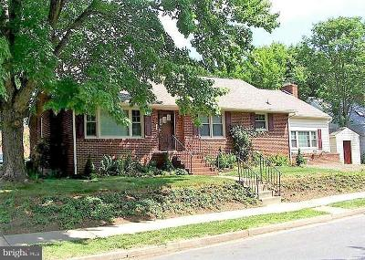 Fredericksburg Single Family Home For Sale: 1321 Rowe Street