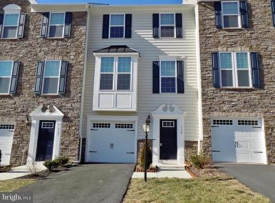 Lake Frederick Townhouse For Sale: 119 Trout Lily Drive