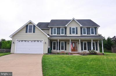Winchester Single Family Home For Sale: 122 Julasar Drive