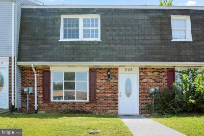 Winchester Townhouse For Sale: 206 Ash Hollow