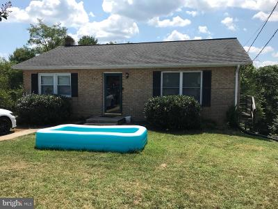 Winchester Single Family Home For Sale: 102 Twin Hill Circle
