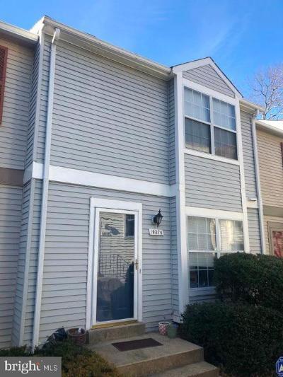 Burke, Springfield Condo For Sale: 10374 Bridgetown Place #120
