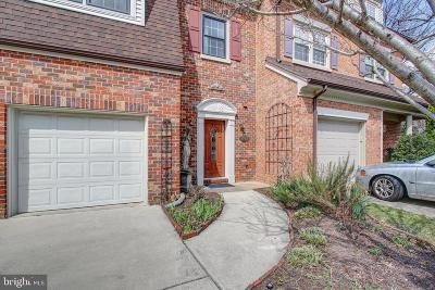 Alexandria Townhouse For Sale: 6262 Chaucer Lane