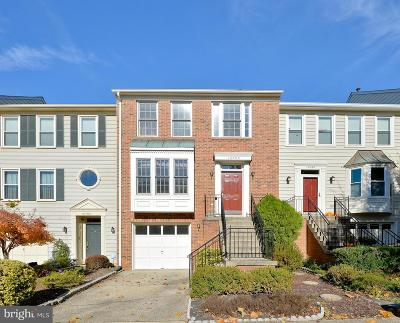 Fairfax Townhouse For Sale: 12790 Dogwood Hills Lane